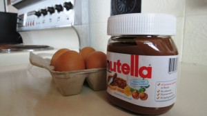 The only ingredients, Nutella and 4 large eggs